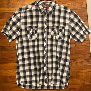 Quiksilver button up